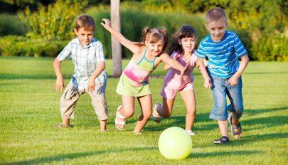 Csaknem 38 ezerrel csökkent tavaly a kiskorúak száma Romániában