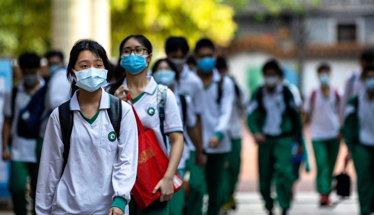 Kína visszautasítja a járvánnyal kapcsolatos amerikai vádakat