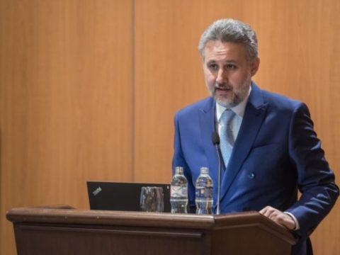 A budapesti román nagykövet védelmébe vette Szabó Tímeát