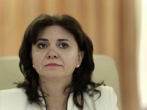 Az oktatási miniszter elleni egyszerű indítványt nyújtott be a PSD és a Pro Románia