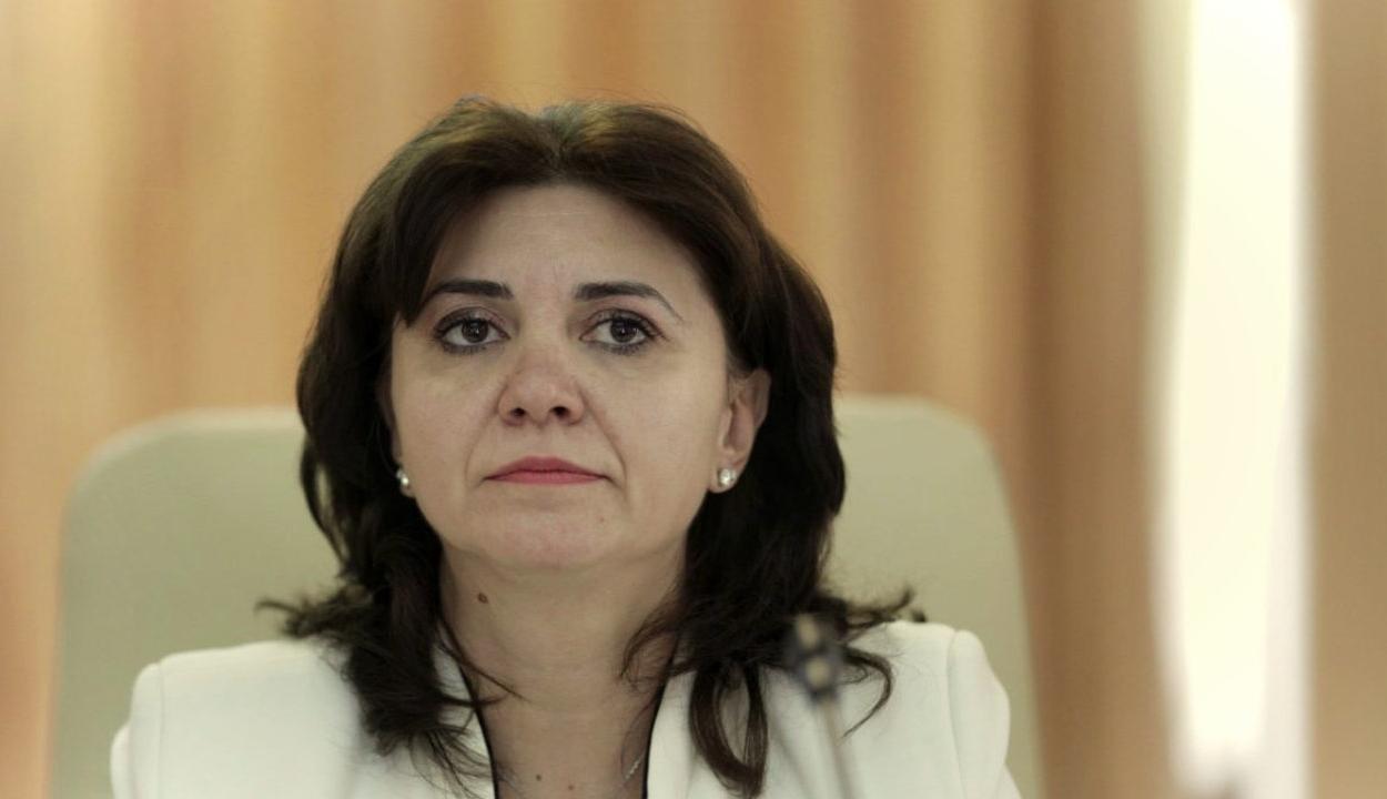 Megszavazta a képviselőház az oktatási miniszter ellen benyújtott egyszerű indítványt