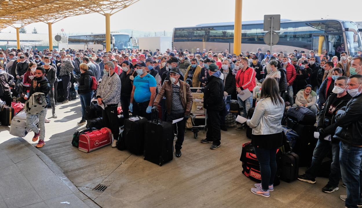 Bűnügyi eljárás indult a kolozsvári reptéren történt incidens ügyében