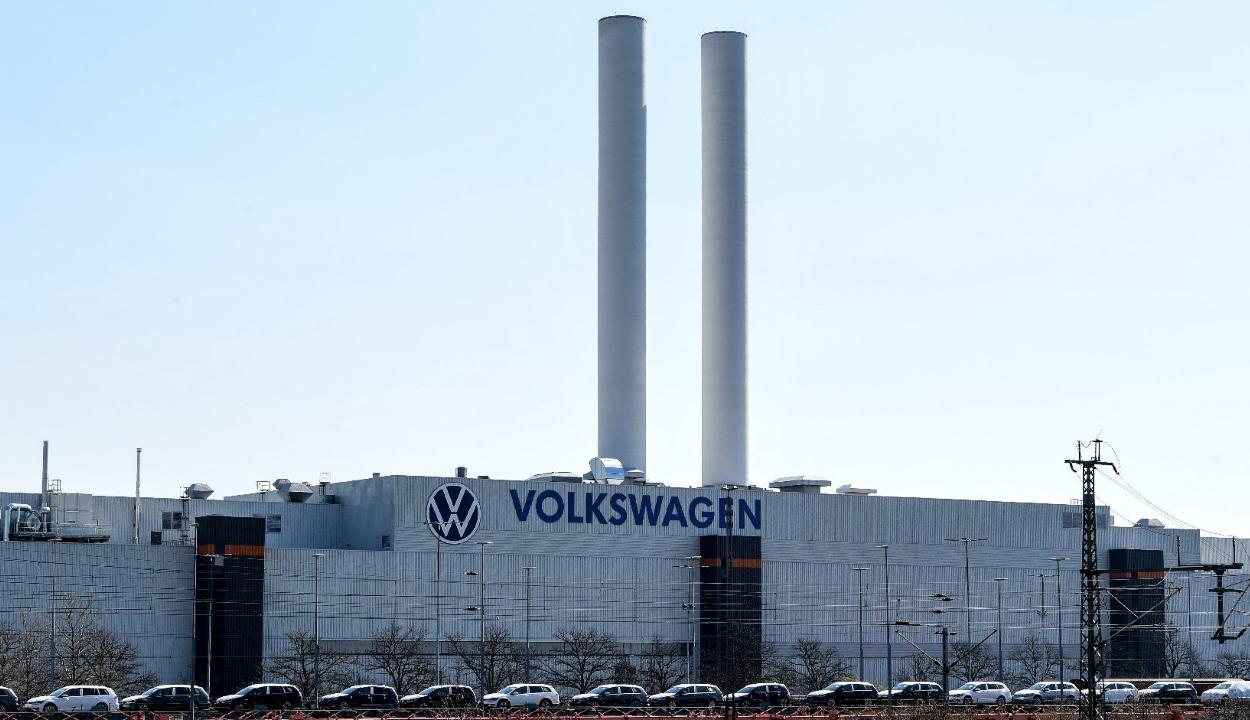 Bírósági döntés szerint kártérítést kell fizetnie a Volkswagennek