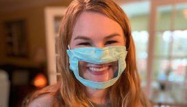 Átlátszó maszkokkal segítik a siketeket