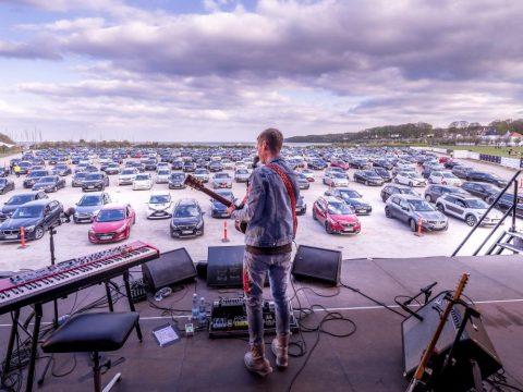A dánok megtalálták a megoldást a járvány alatti koncertezésre