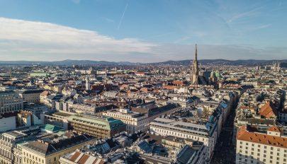 Péntektől kötelező elektronikus regisztrációval lehet csak belépni Ausztriába