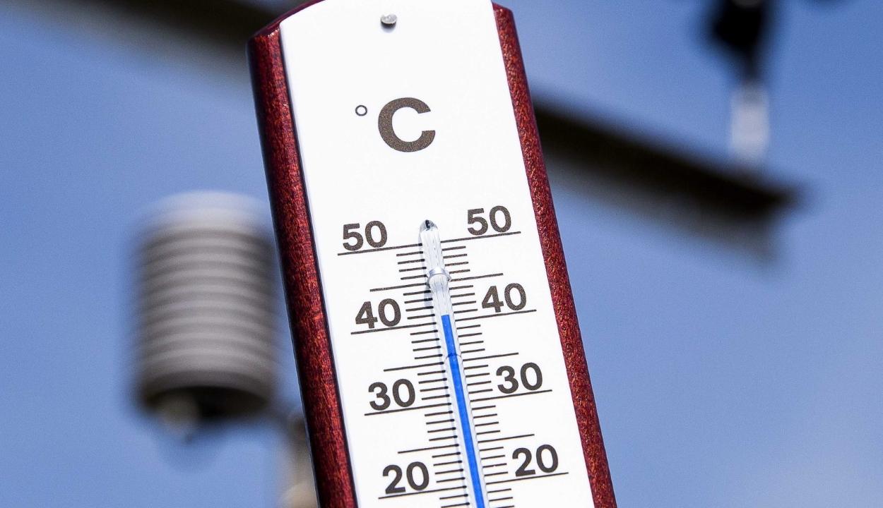 Kánikulára figyelmeztetnek a meteorológusok