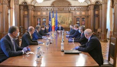 Iohannis: az állami beruházások fontos szerepet töltenek be a gazdaság újraindításában