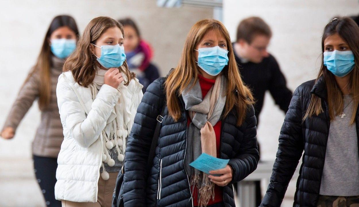 1835 új koronavírusos megbetegedést jelentettek az elmúlt 24 órában