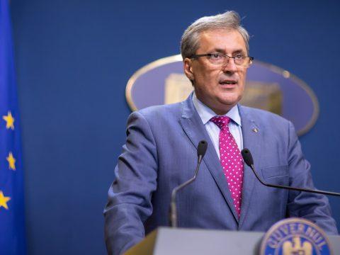 Újabb katonai rendeletet ismertetett a belügyminiszter