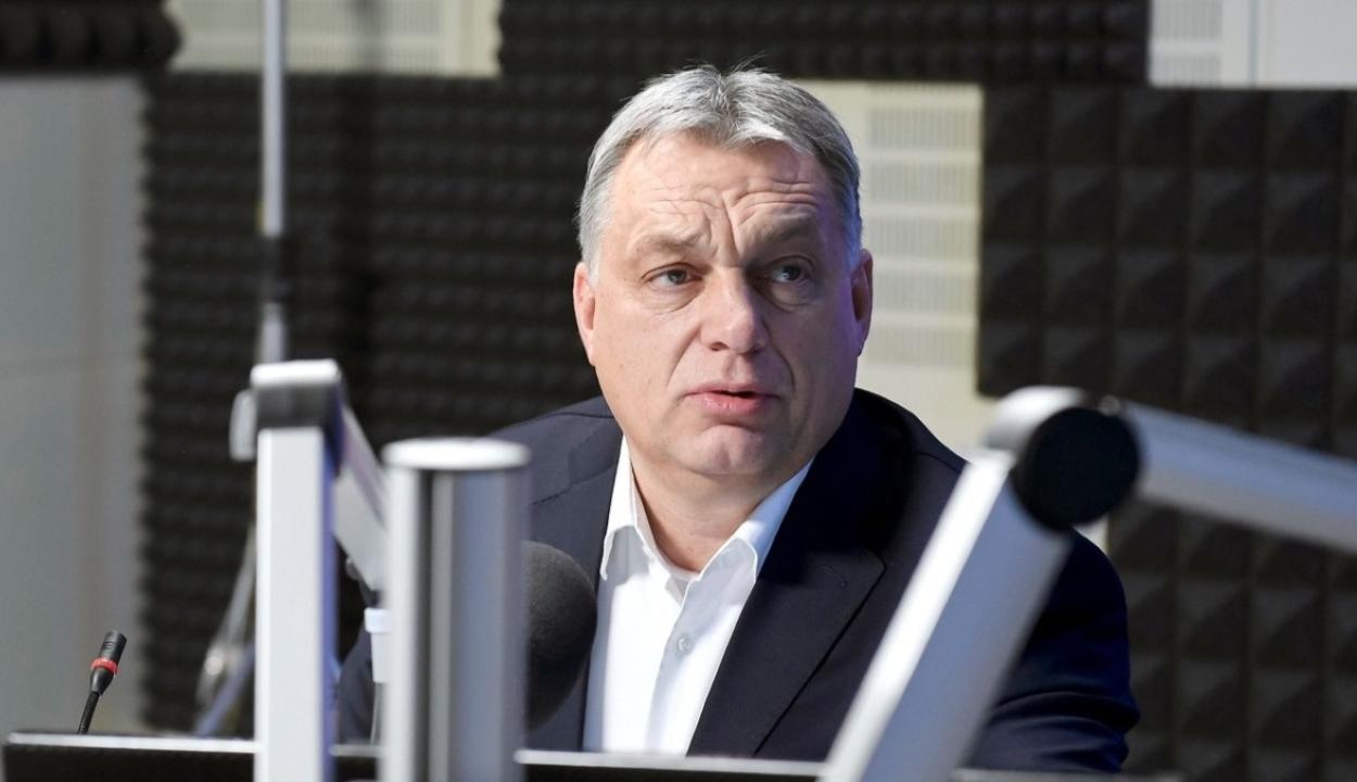 Orbán Viktor: hétfőtől új világ kezdődik Magyarországon