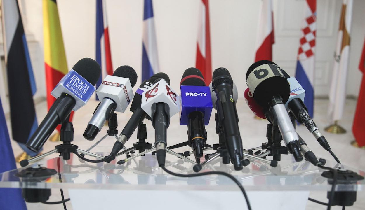 Mégsem lesz adómentes az újságírók jövedelme