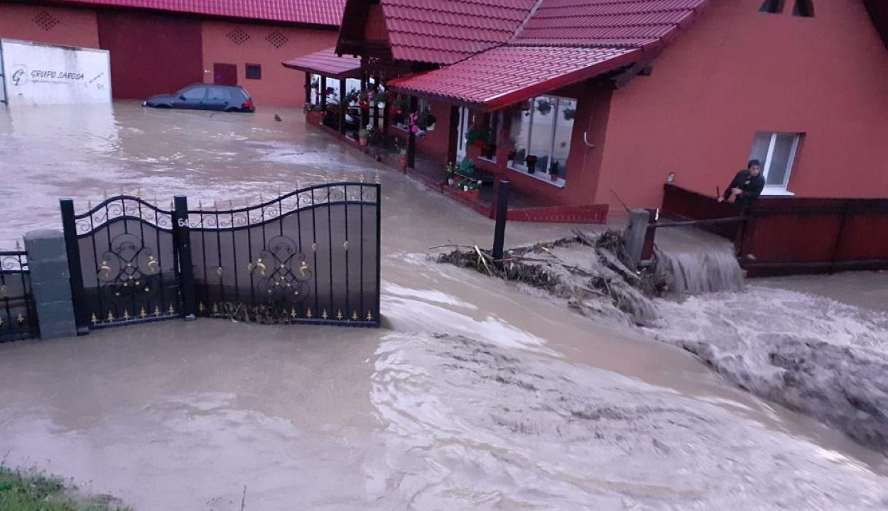 Öt településen okoztak áradásokat a heves esőzések