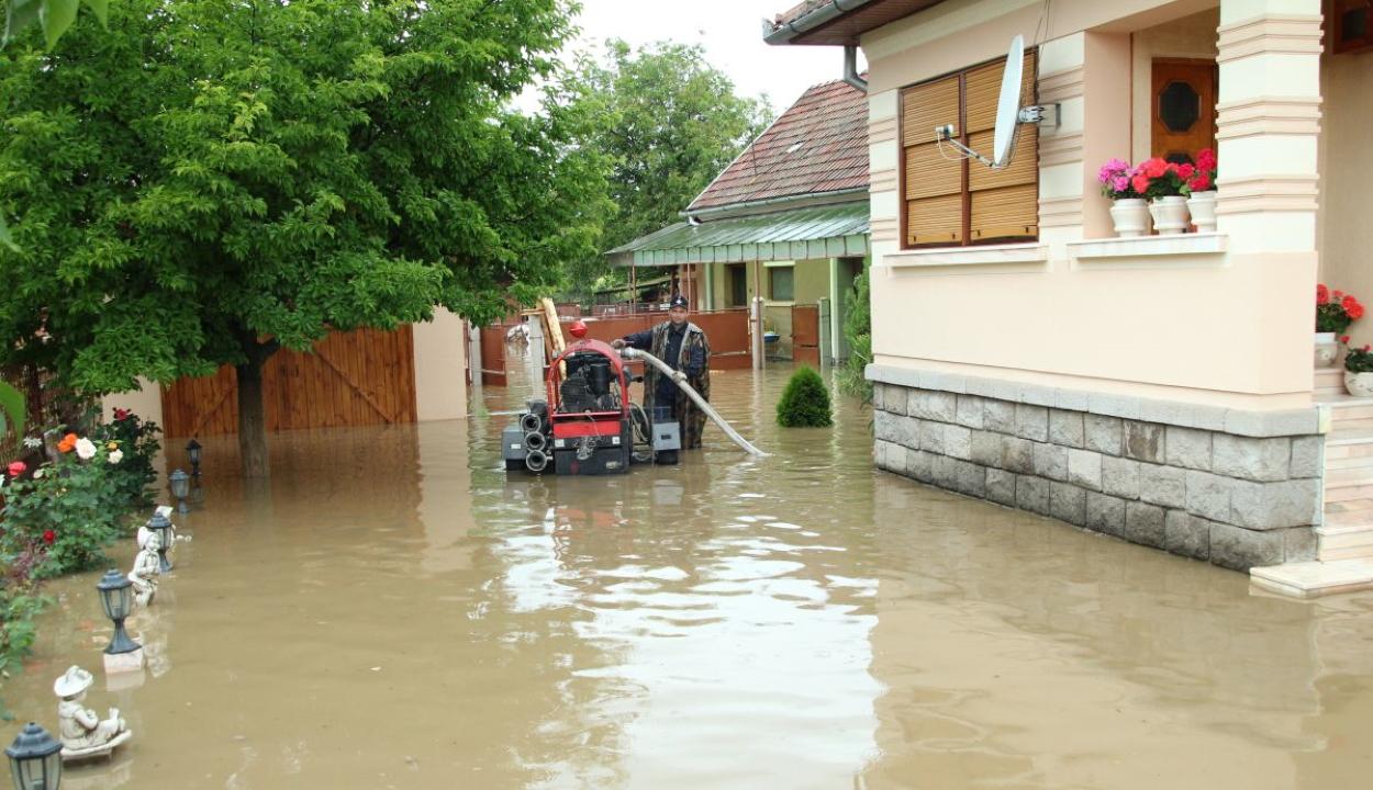 Kilenc megyében okozott károkat a rossz idő