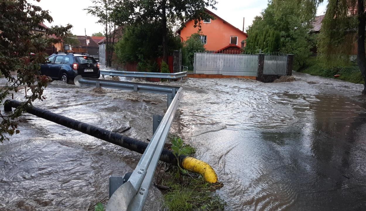 Nyolc megyében volt szükség a katasztrófavédelem segítségére a viharkárok miatt