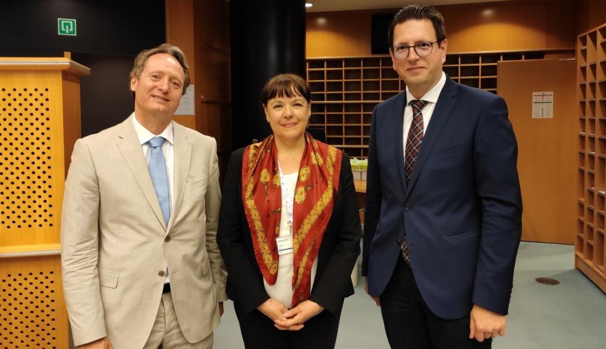 Megegyeztek Brüsszelben a polgári kezdeményezések határidejének meghosszabbításáról