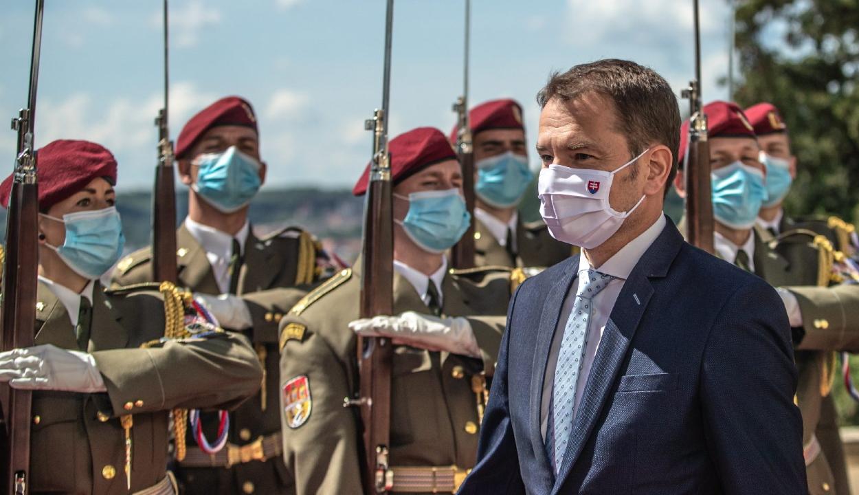 Bocsánatot kért a szlovák miniszterelnök a felvidéki magyaroktól