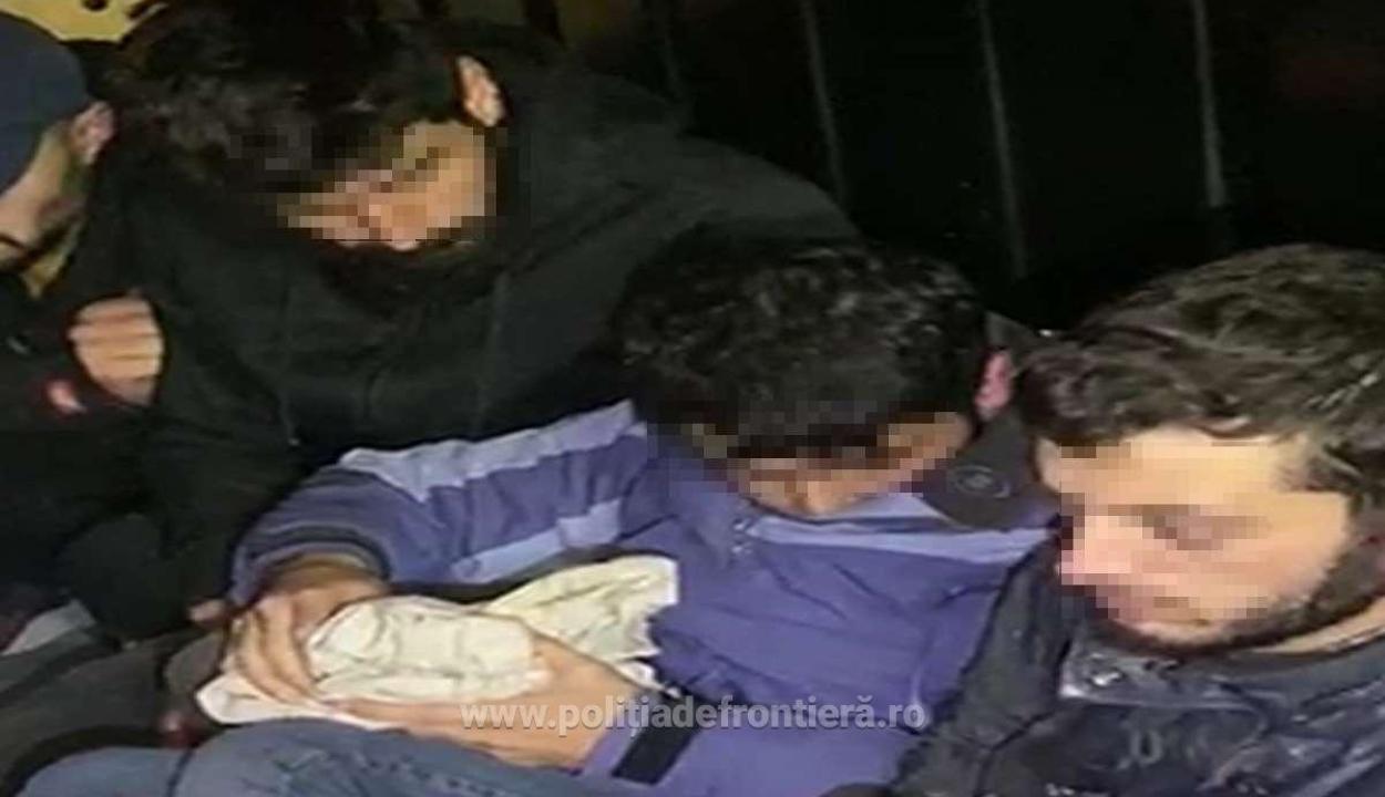 21 illegális bevándorlót találtak egy kisteherautóban Nagylaknál