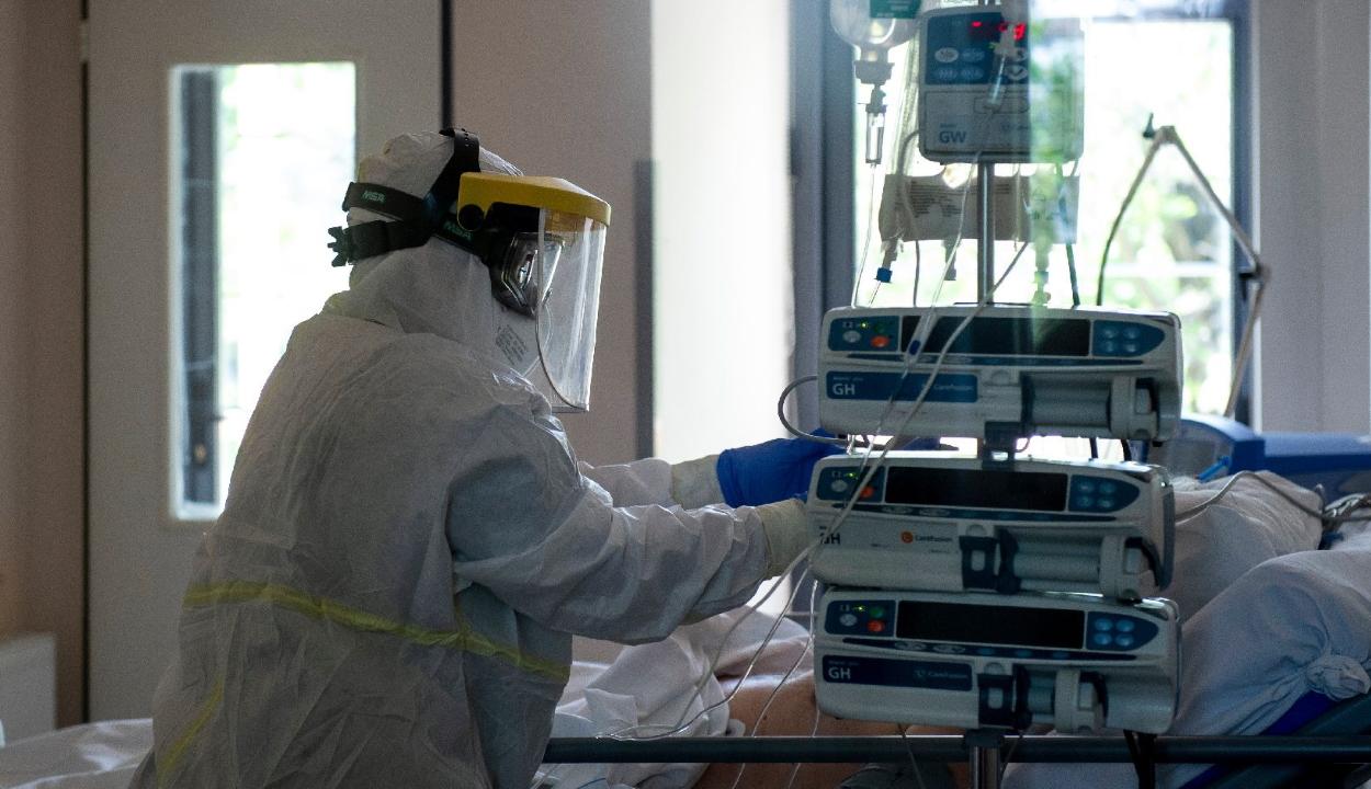 Kínai kutatók: az enyhébb koronavírus-fertőzés jóval kisebb immunitást idéz elő