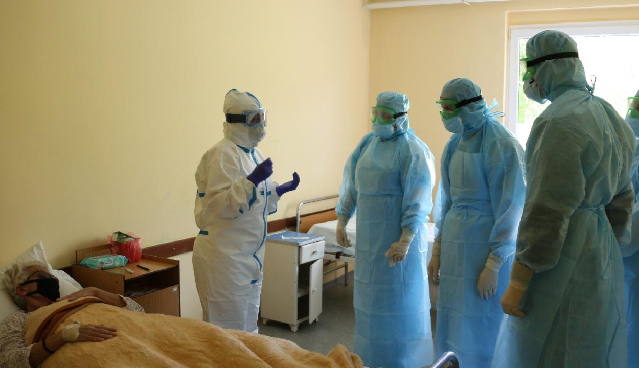 Amnesty International: legalább háromezer egészségügyi dolgozó halt meg a koronavírus miatt