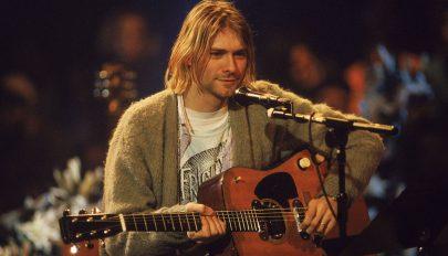 Aukciós csúcsot döntött Kurt Cobain gitárja
