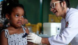 Kilenc milliárd dollárt gyűjtöttek gyermekek védőoltására