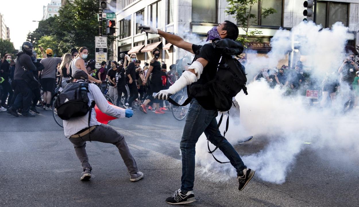 Halálos áldozatai is vannak a több városban is folytatódó amerikai zavargásoknak
