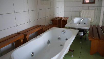 Újraindul a hatolykai fürdő