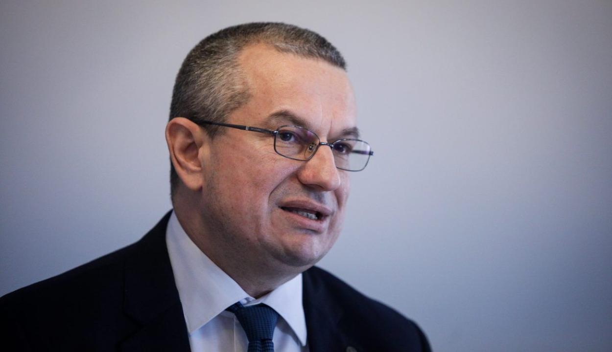 Figyelmeztetésben részesítette a diszkriminációellenes tanács a belügyminisztériumot