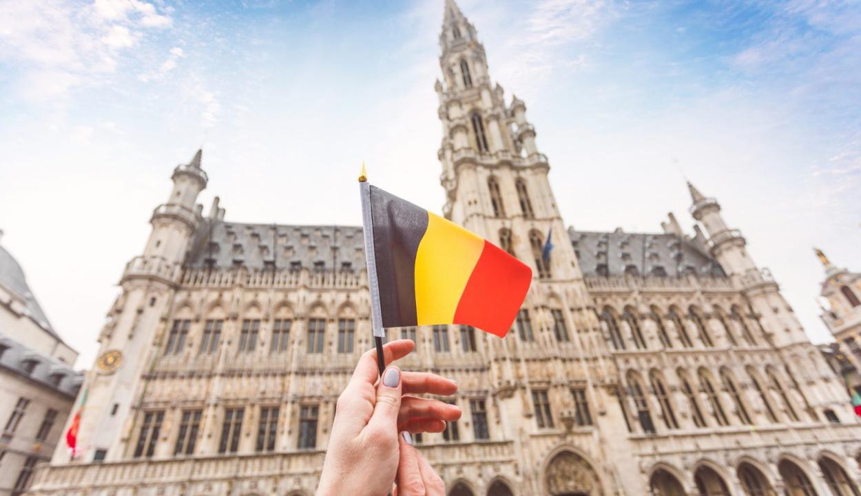 A narancsszínű régióba sorolta Romániát Belgium