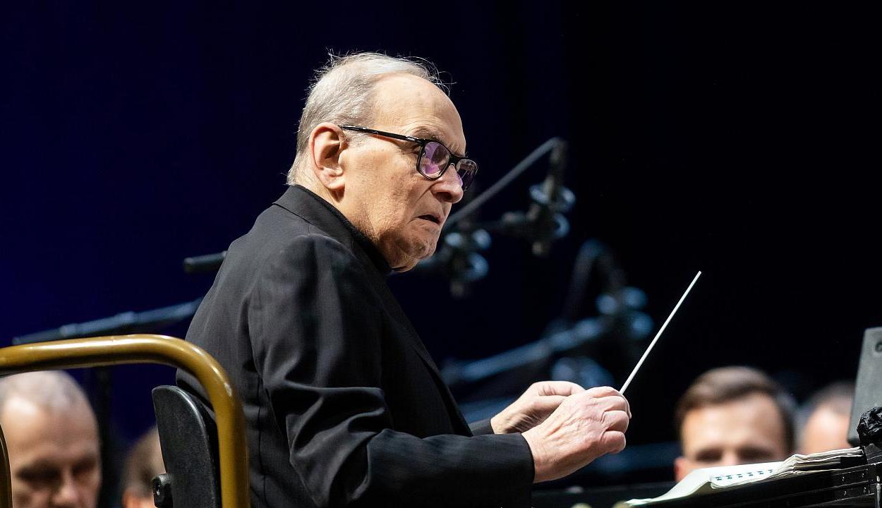 Elhunyt Ennio Morricone olasz zeneszerző