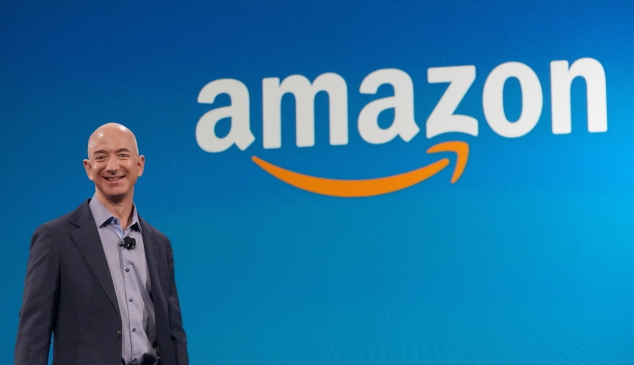 Az Amazon internetes vállalat soha nem látott profitra tett szert az év második negyedében