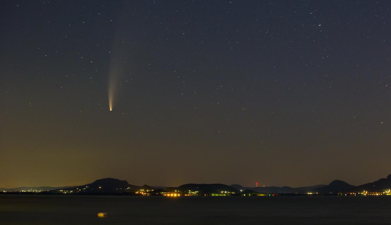 Szerdától esténként látható a NEOWISE üstökös