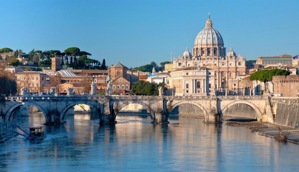 Olaszország karantént vezetett be a Romániából érkező utazókkal szemben