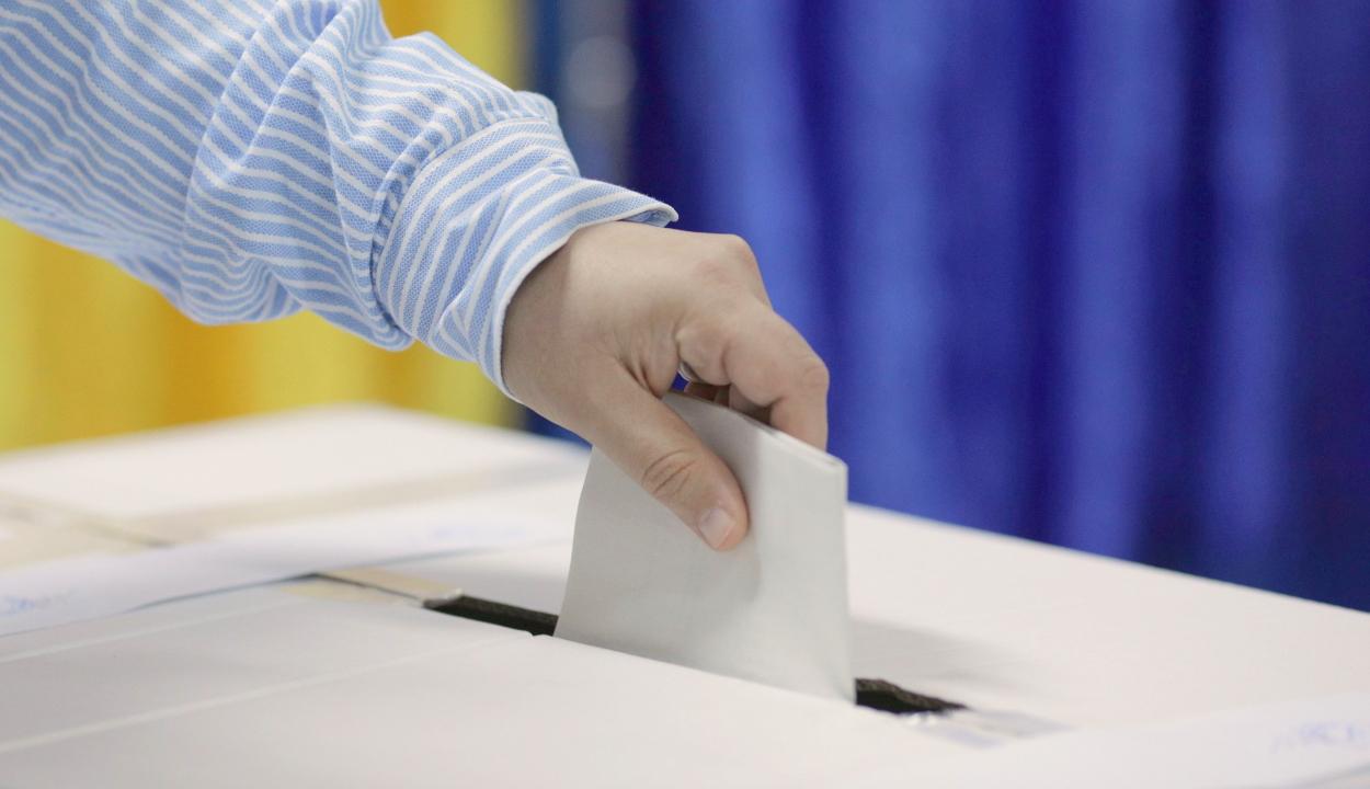 Orban: december 6-án lesznek a parlamenti választások