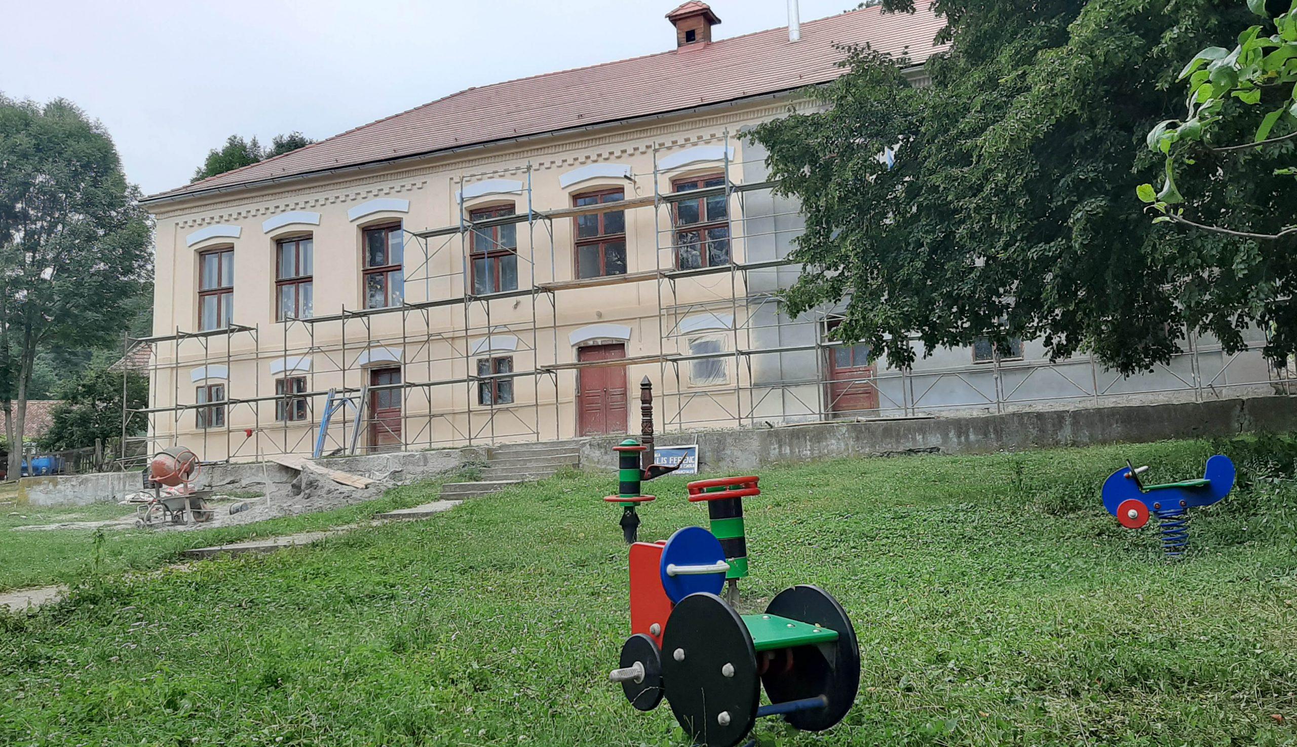 Szépül a bibarcfalvi iskola