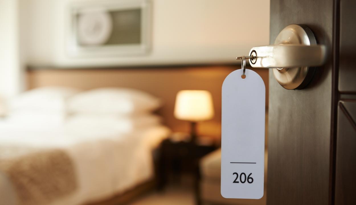 Európai viszonylatban Romániában a legmagasabb az elbocsátott szállodai alkalmazottak aránya