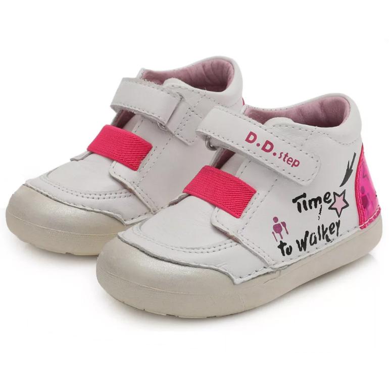 Töltsd a nyarat is D.D.Step cipőben
