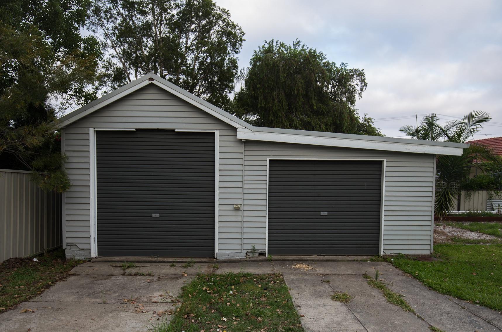 Erre figyelj, ha a garázskapu redőnyének nyílását méred!