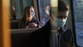 A távolságtartás majdnem felére csökkenthette a járvány terjedését