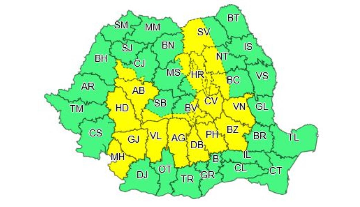 Sárga viharriasztás lesz érvényben déltől késő estig 19 megyében