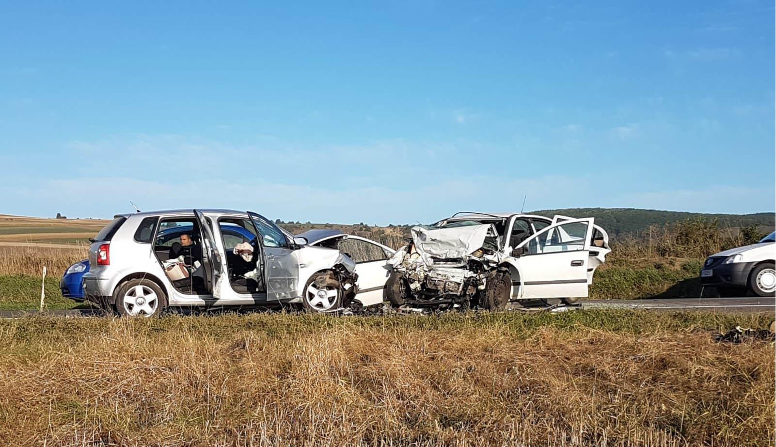 Autóbaleset, négy halott