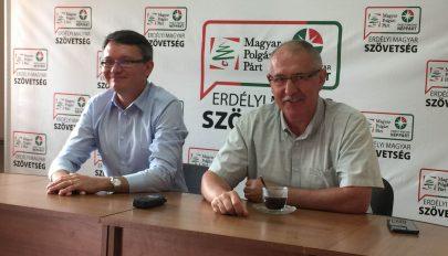 """""""Megvezetik"""" a magyar kormányt"""