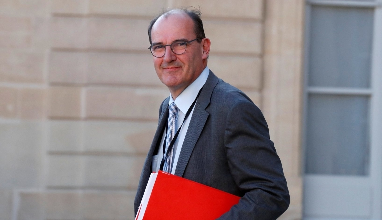 Karanténban a francia miniszterelnök