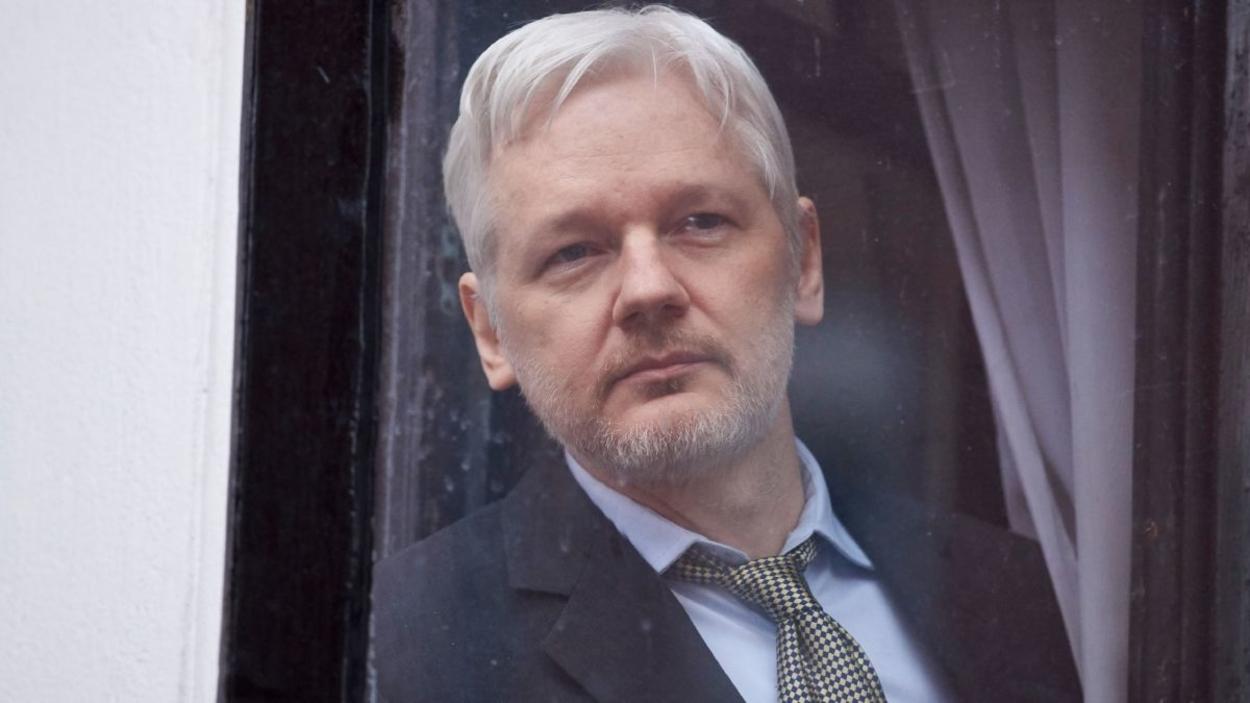 Folytatódott Assange pere
