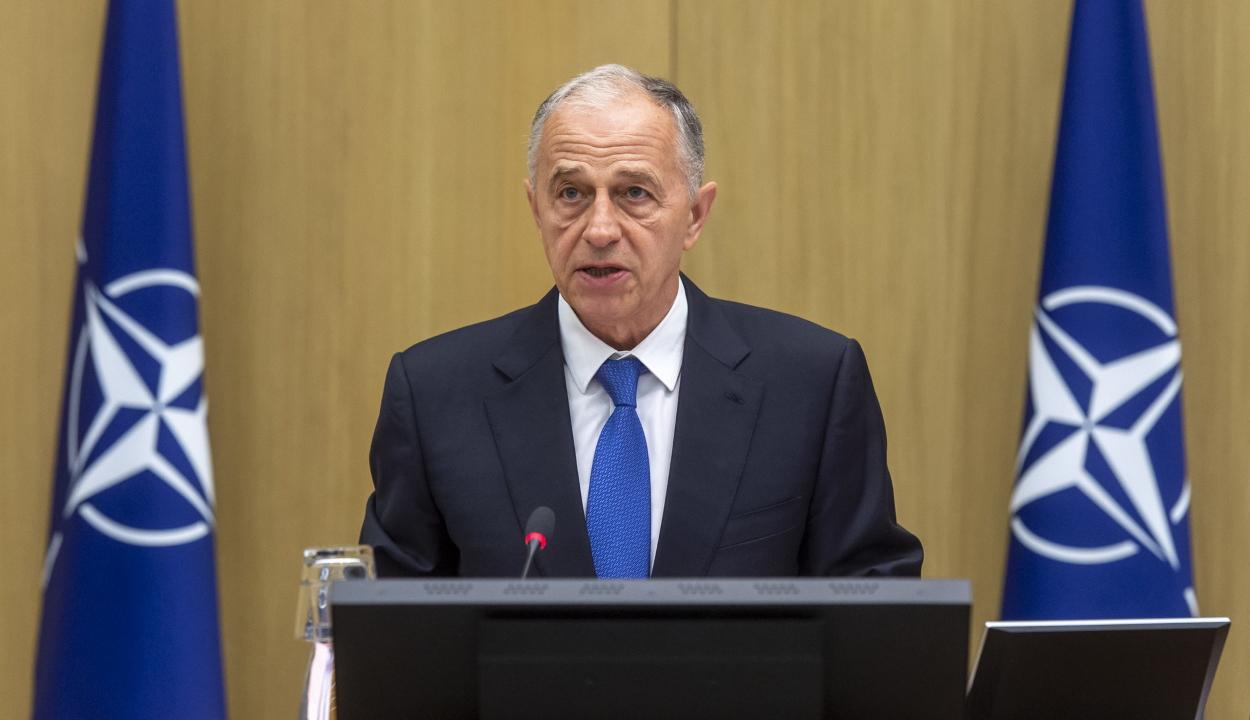 Geoană: a NATO felkészült egy esetleges második pandémiahullámra
