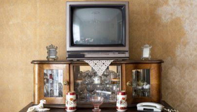 Bekapcsolták a régi tévét, az egész faluban elment az internet – 18 hónapon át