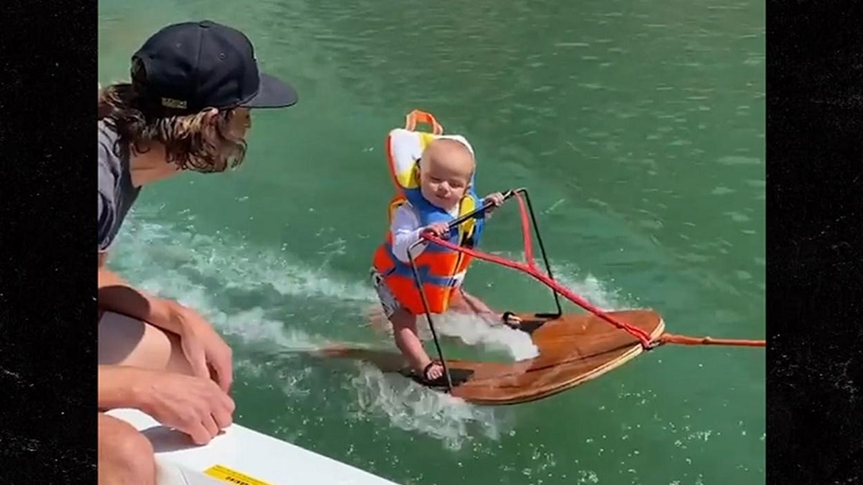 Hamarabb tanult meg vízisízni, mint beszélni egy hat hónapos kisfiú