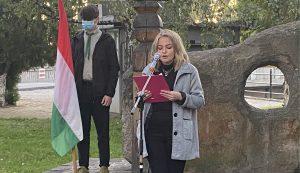 Kovásznán Sinka Izabella szavalata tette színesebbé az eseményt