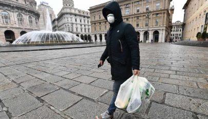 Genova belvárosában az utcai beszélgetést is tiltják a járványintézkedések